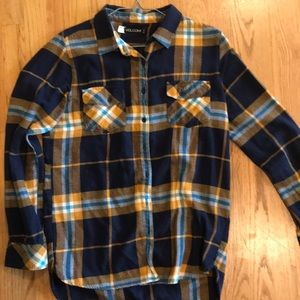 Flannel plaid button up shirt